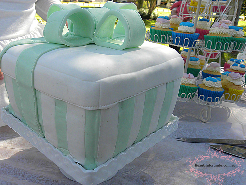 Custom made baby shower cakes Brisbane north